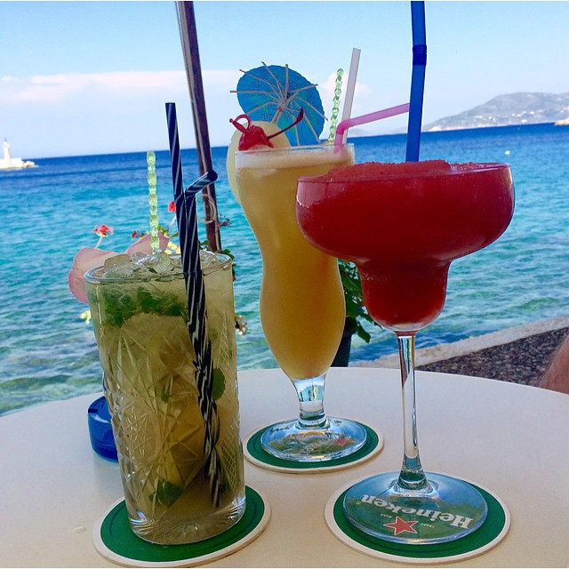 mixed drinks at waves cafe bar