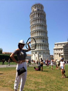 Trying to take a good photo in Pisa