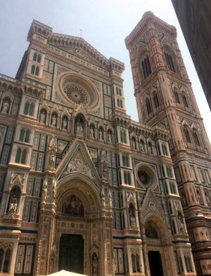 Surprise VIP treatment touring Florence